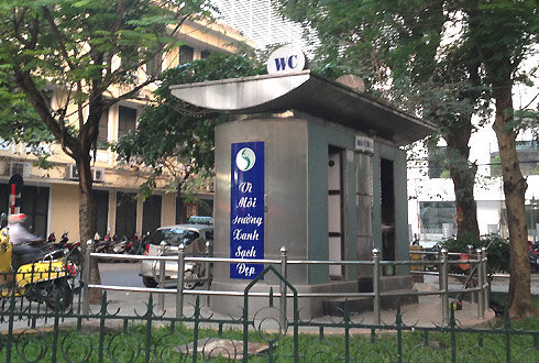 nhà vệ sinh công cộng ở hà nội
